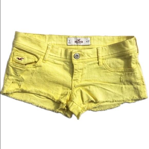 ☀️4/25 Hollister Frayed Hem Denim Shorts